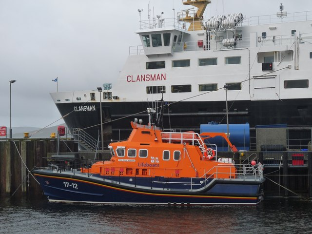 Oban ferry at Castlebay pier