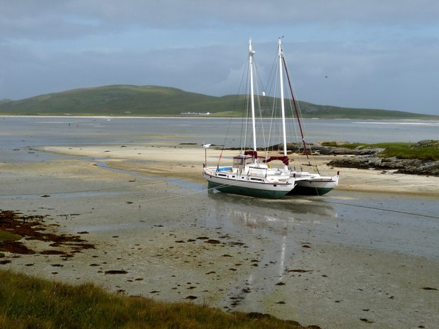 Beached catamaran at Crannag