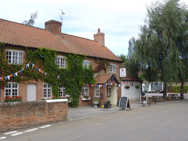 The Full Moon Inn, Morton
