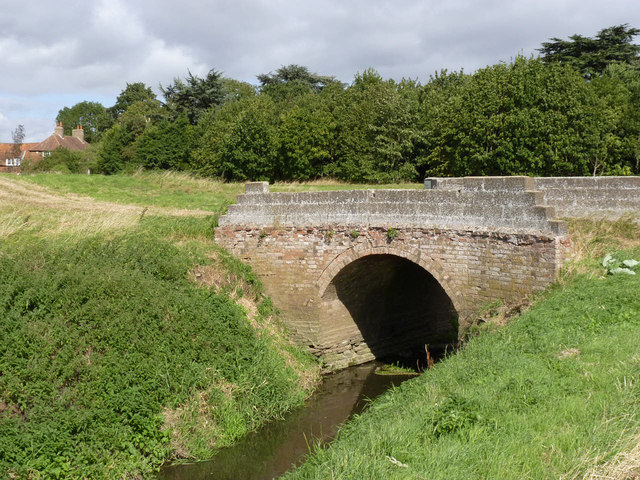 Bridge over Rundell Dyke