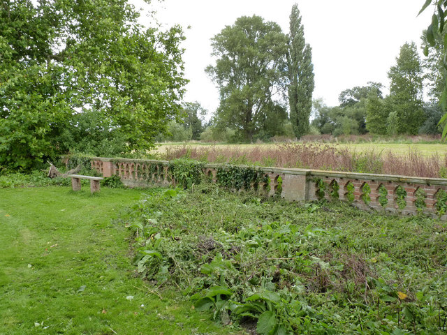 Kelham Hall boundary wall