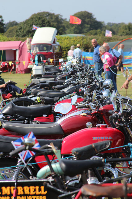 Classic motorcycles, Laughton Show