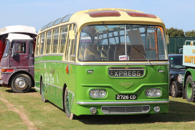 Classic bus, Laughton Show