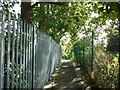 TA1429 : A footpath leading to Hedon Road by Ian S