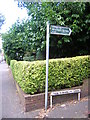 TQ3369 : Wharncliffe Road, SE19: footpath to Wharncliffe Gardens by Christopher Hilton