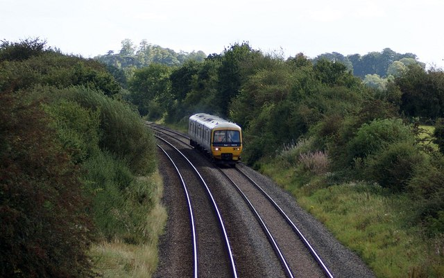 Class 166 at Evenlode
