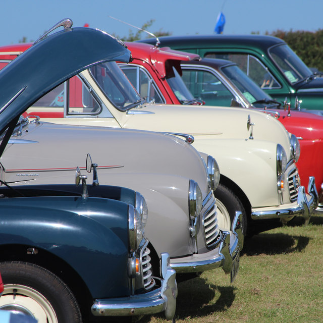 Morris Minors, Laughton Show