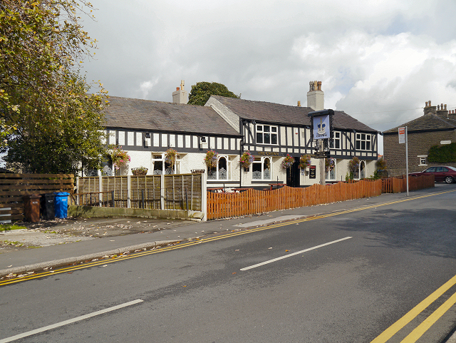 The Crown, Hawk Green