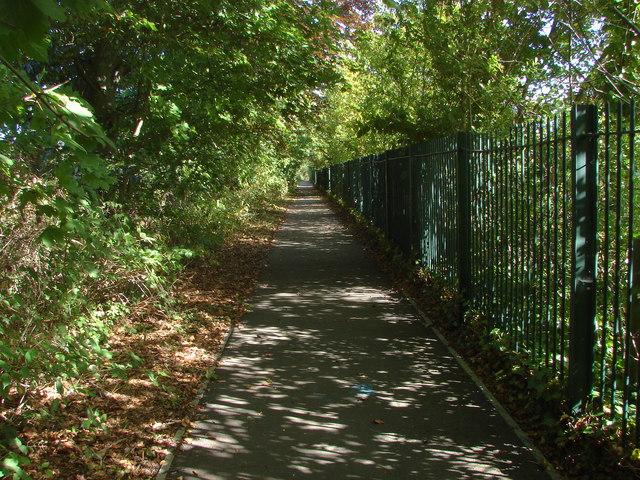 Footpath off Prune Hill