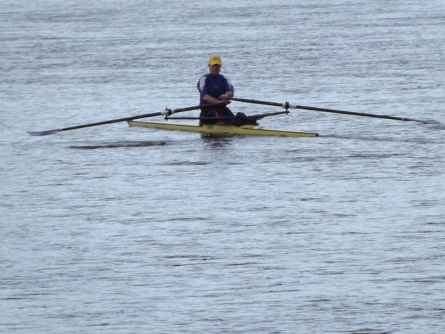 Sculling on the Dee