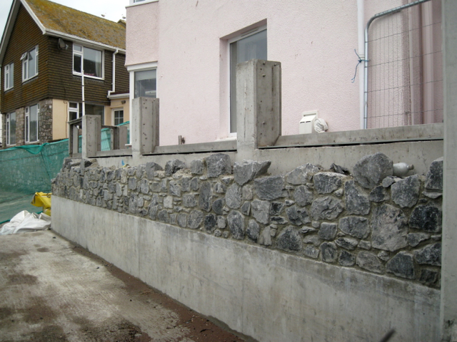 Flood Wall Under Construction 169 Robin Stott Geograph