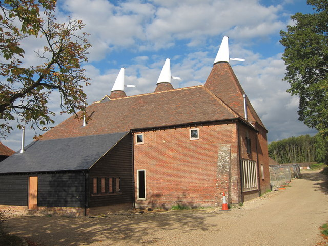 Hazelden Farm Oast, Marden Road, Colliers Green