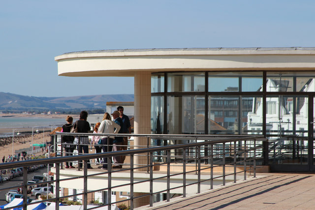 De La Warr Pavilion roof and balcony
