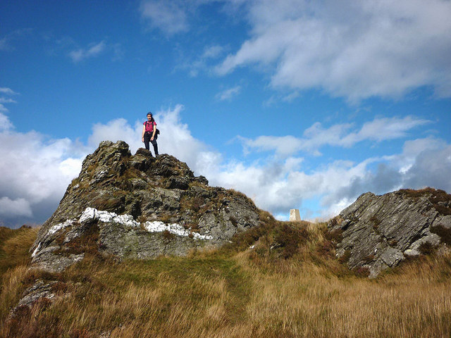 Summit rocks, Deuchary Hill
