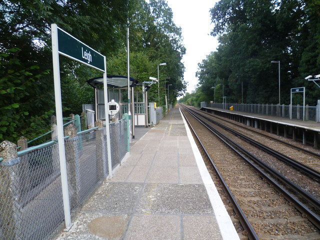 Leigh station