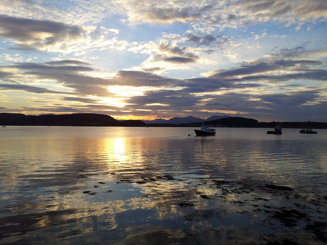 Oban bay at sunset