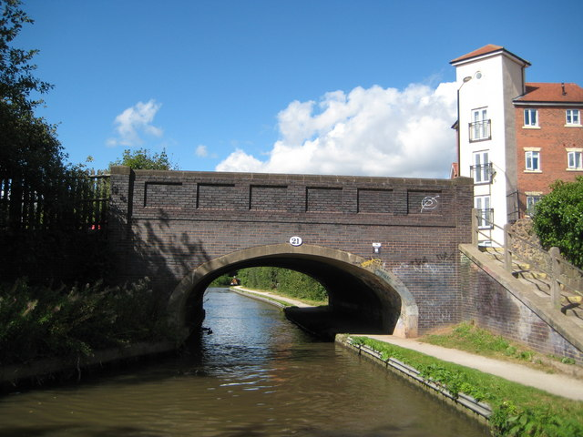Coventry Canal: Bridge Number 21: Wash Lane Bridge
