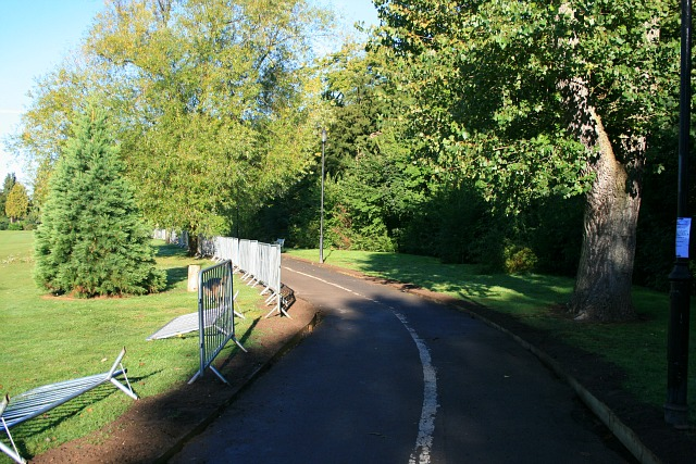 Temporary fencing on Route 6