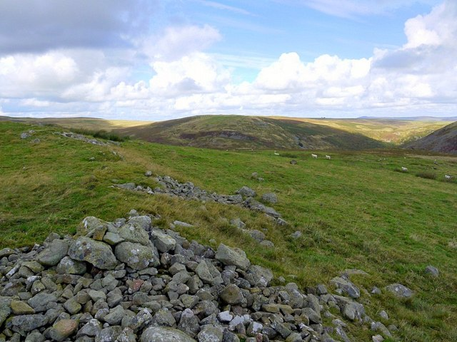 East wall of enclosed settlement, Hartside Hill