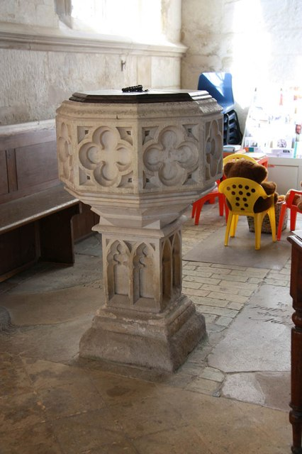 Assumption of the Blessed Virgin Mary, Harlton - Font