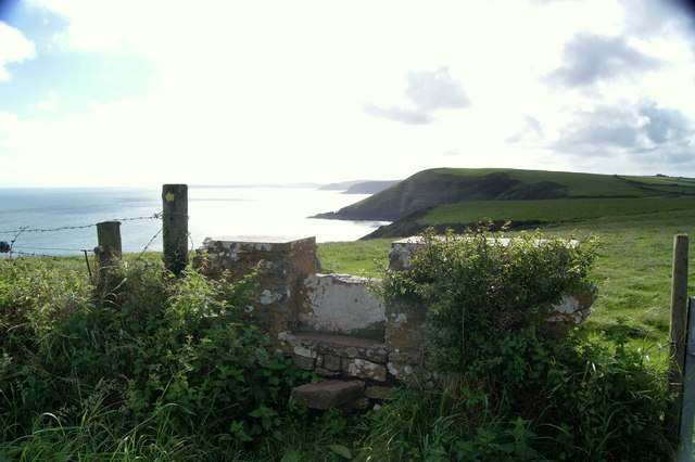 Stile near Swanlake Beach