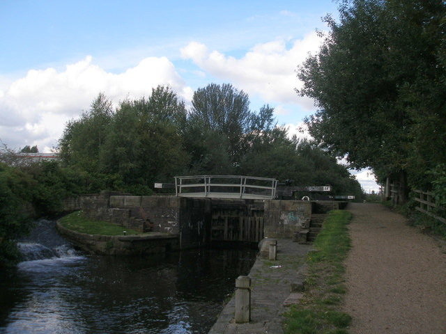 Rochdale Canal lock 64