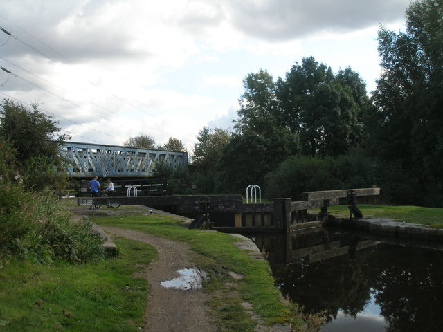 Rochdale Canal, Lock 61 Scowcroft