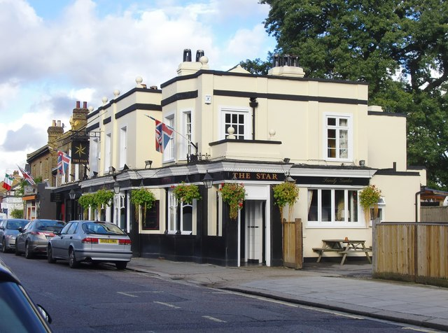 Hampton Hill pubs: (2) 'The Star'