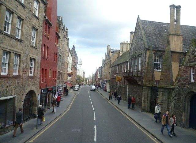 The Canongate from a No.35 bus