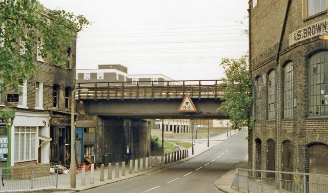 Site of Coborn Road station, 1988