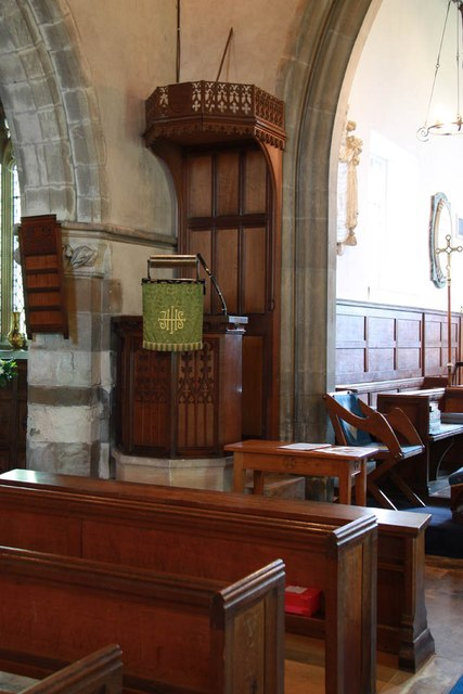 St Giles, Mountnessing - Pulpit