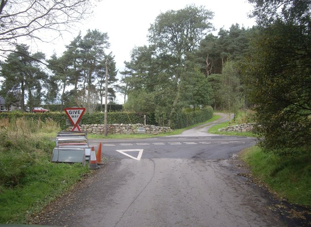 T-junction at Burnside Quartains