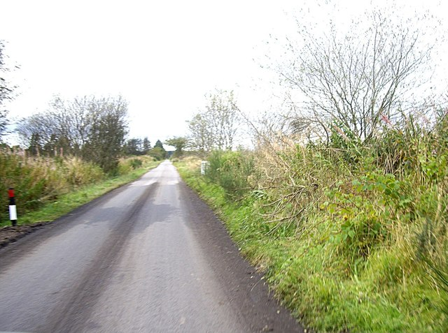 Minor road WSW from Burnside junction