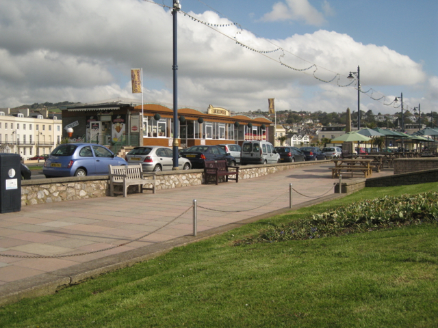 Popular café, Teignmouth seafront