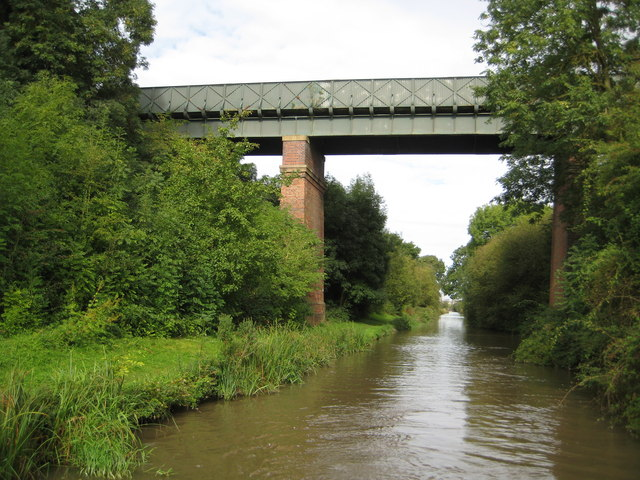Oxford Canal: Bridge Number 24: Nettle Hill Bridge