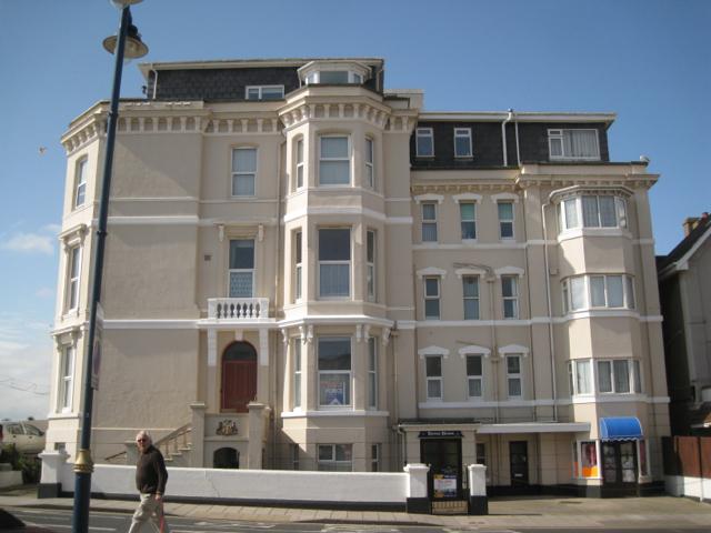 Devon House flats, Esplanade