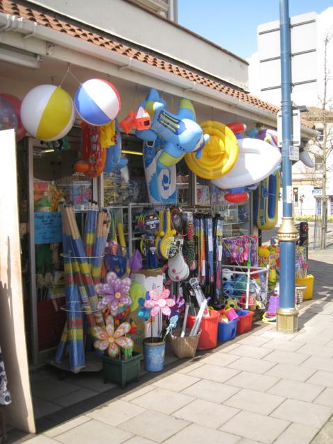 Beach shop, Esplanade