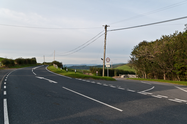 Lane off A4120