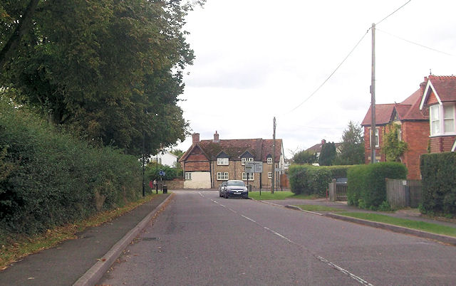 Chearsley Road approaching B4011 junction