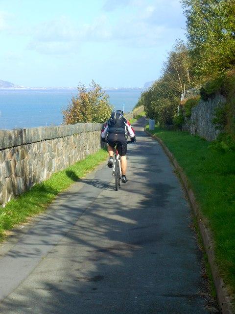 Hen ffordd yr arfordir / The old coast road