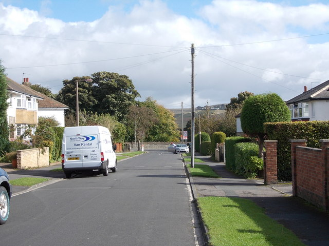 Clarendon Road - viewed from Heaton Drive