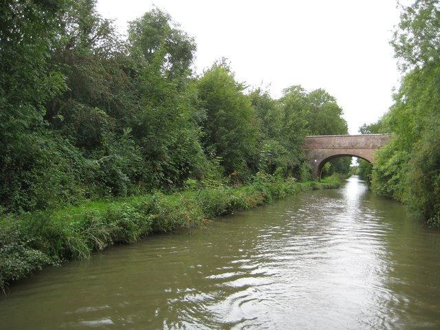 Oxford Canal: Reach near Harborough Magna