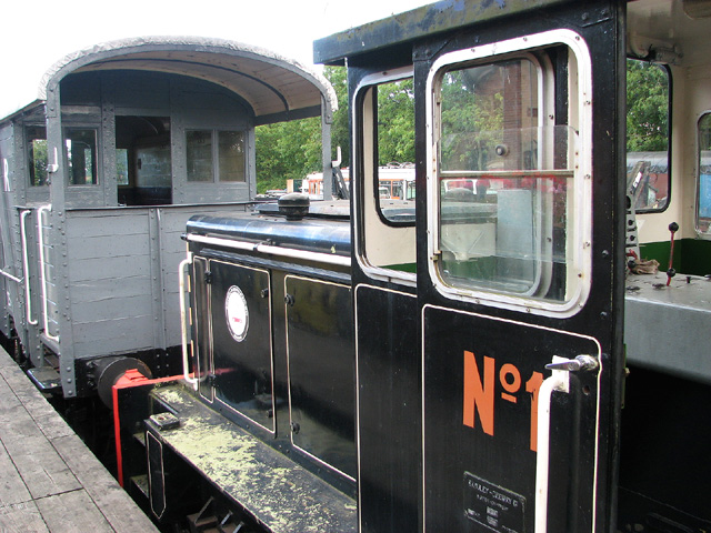 Baguley-Drewry shunter and brake van at Whitwell & Reepham railway