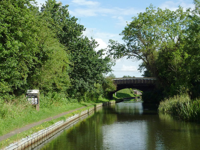 Grand Union Canal approaching Catherine de Barnes near Solihull