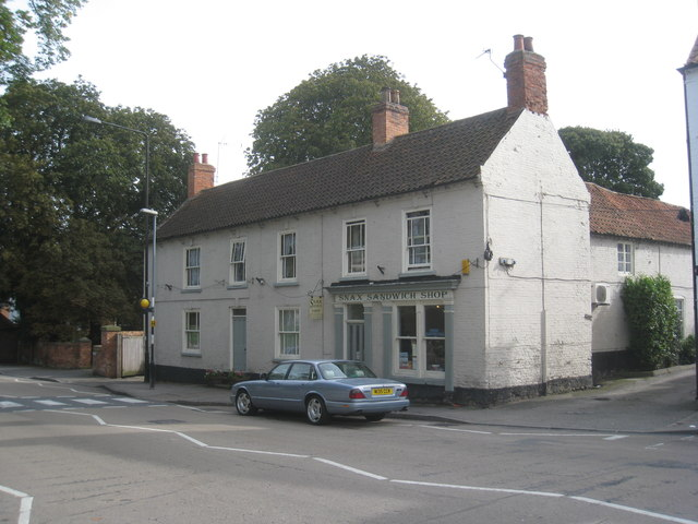 8 and 10 Market Place, Tuxford