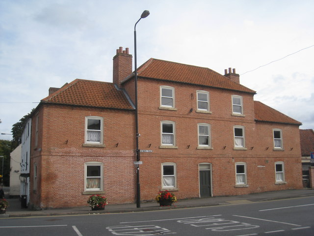 Premises on the corner of Market Place and Newark Road, Tuxford