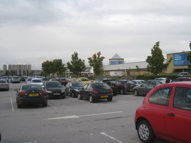 Carpark and Lakeside Shopping Centre