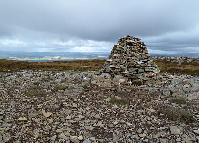 The summit cairn on Creagan Gorm