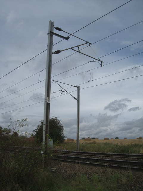 25kv electrification poles, Egmanton Crossing