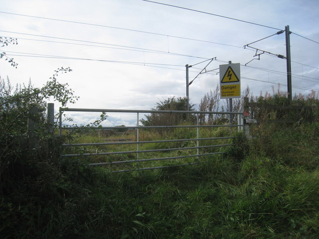 Railway access gate, Hawbush Road, Weston
